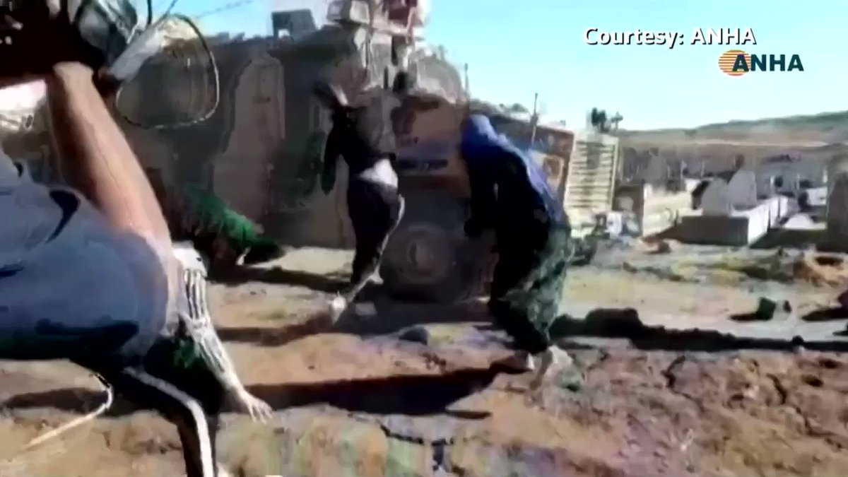 People hurled stones and shouted at a Turkish-Russian military convoy in the northeastern Syrian town of Maabadah https://t.co/fzug4G3Q4S