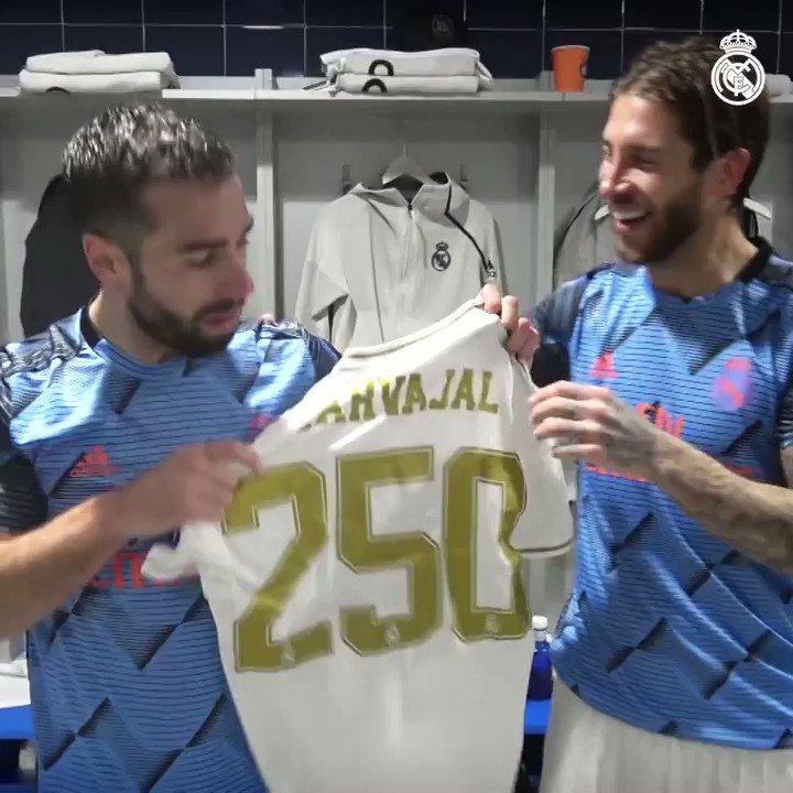 👏⚪  ¡Enhorabuena @DaniCarvajal92 por tus 2⃣5⃣0⃣ partidos con la camiseta blanca! #HalaMadrid