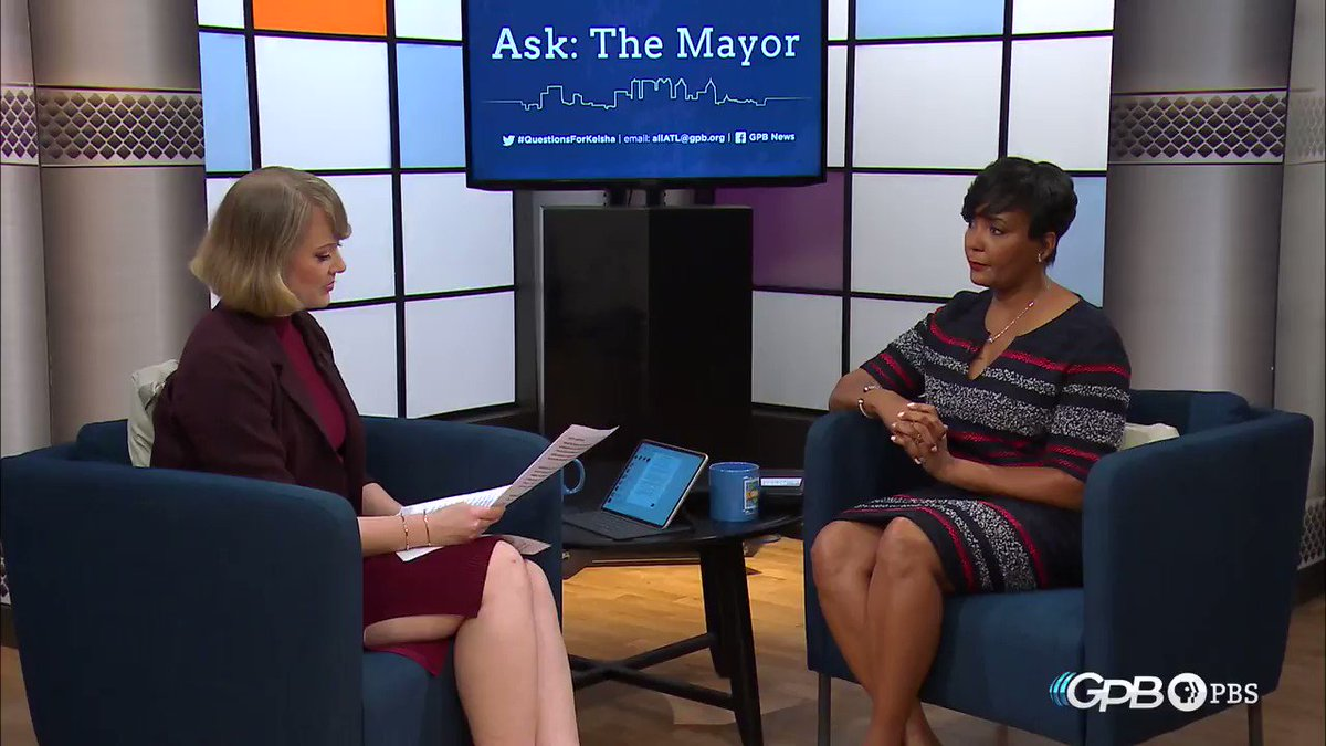 The secrets to @cityofatlanta Mayor @KeishaBottoms mac and cheese? Sneaking in vegetables and using whatever cheese is in the fridge. Do you have a question for the Mayor? Submit using #QuestionsForKeisha and it may be asked during the next @gpbnews Ask: The Mayor. #gapol