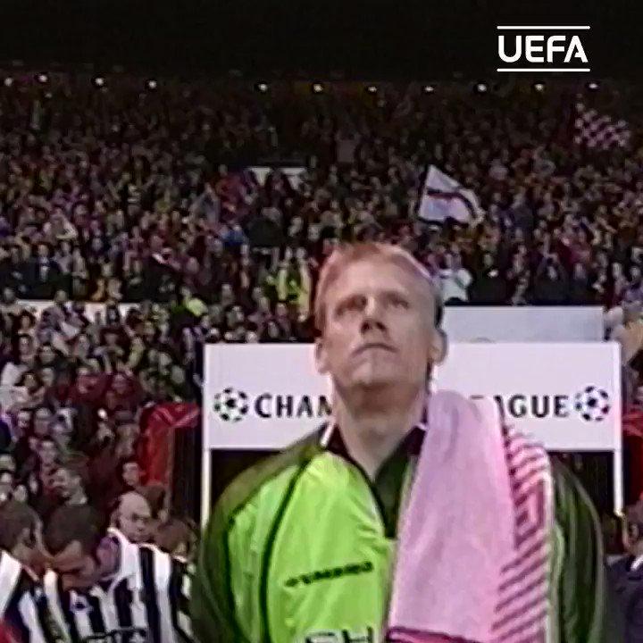 @Pschmeichel1    Happy birthday, 1999 winner &  #MUFC legend Peter Schmeichel!    #UCL |  @ManUtd