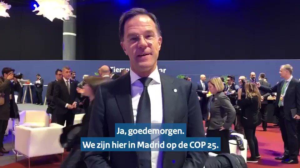 Vandaag ben ik in Madrid voor de VN-klimaatconferentie #COP25. Voor Nederland belangrijk dat ambities ook internationaal omhoog gaan, iedereen moet meedoen. En het moet op een geleidelijke manier waardoor mensen hun manier van leven niet in een keer hoeven aan te passen.