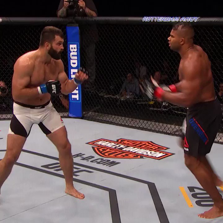 You don't lose that KO power! Just ask @AlistairOvereem! 💥  📺 https://youtu.be/E00_edZ0knE