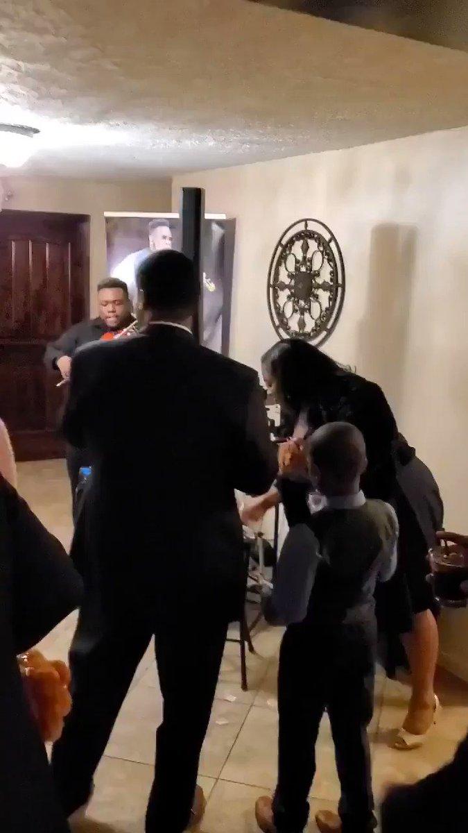 This violinist went ham at this wedding! 🙌🏾 (📷: Marcus Pratt )