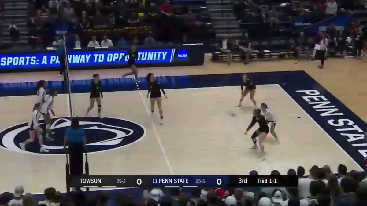 Big time save by Jenna Hampton!!! 😲 #NCAAVB | @PennStateVBALL