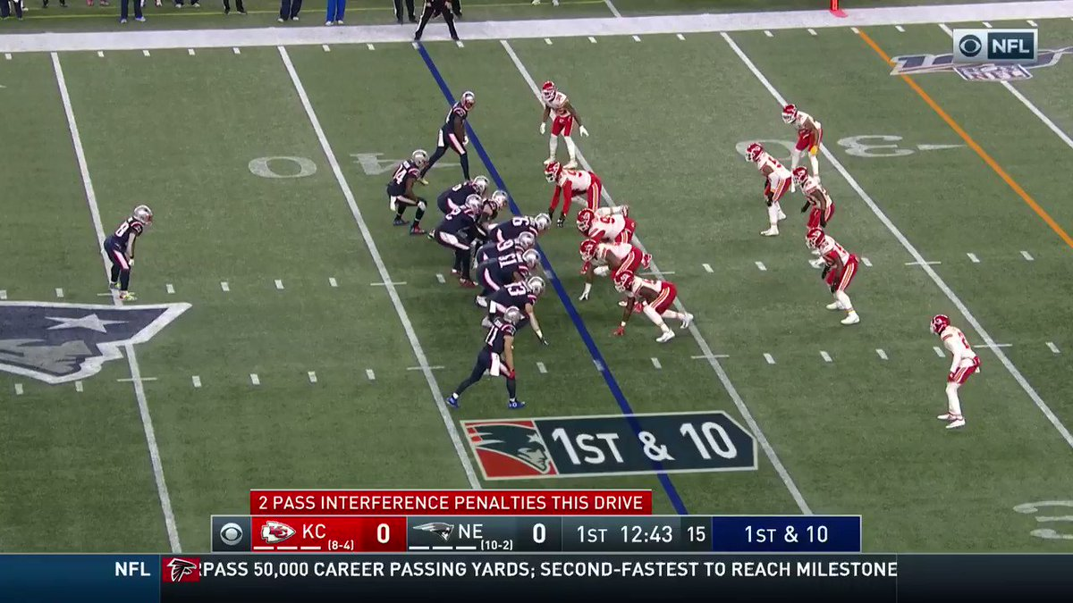 .@TomBrady to @Edelman11 on the flea-flicker: 37-yard TOUCHDOWN! #GoPats 📺: #KCvsNE on CBS 📱: NFL app // Yahoo Sports app Watch free on mobile: on.nfl.com/obqhSi