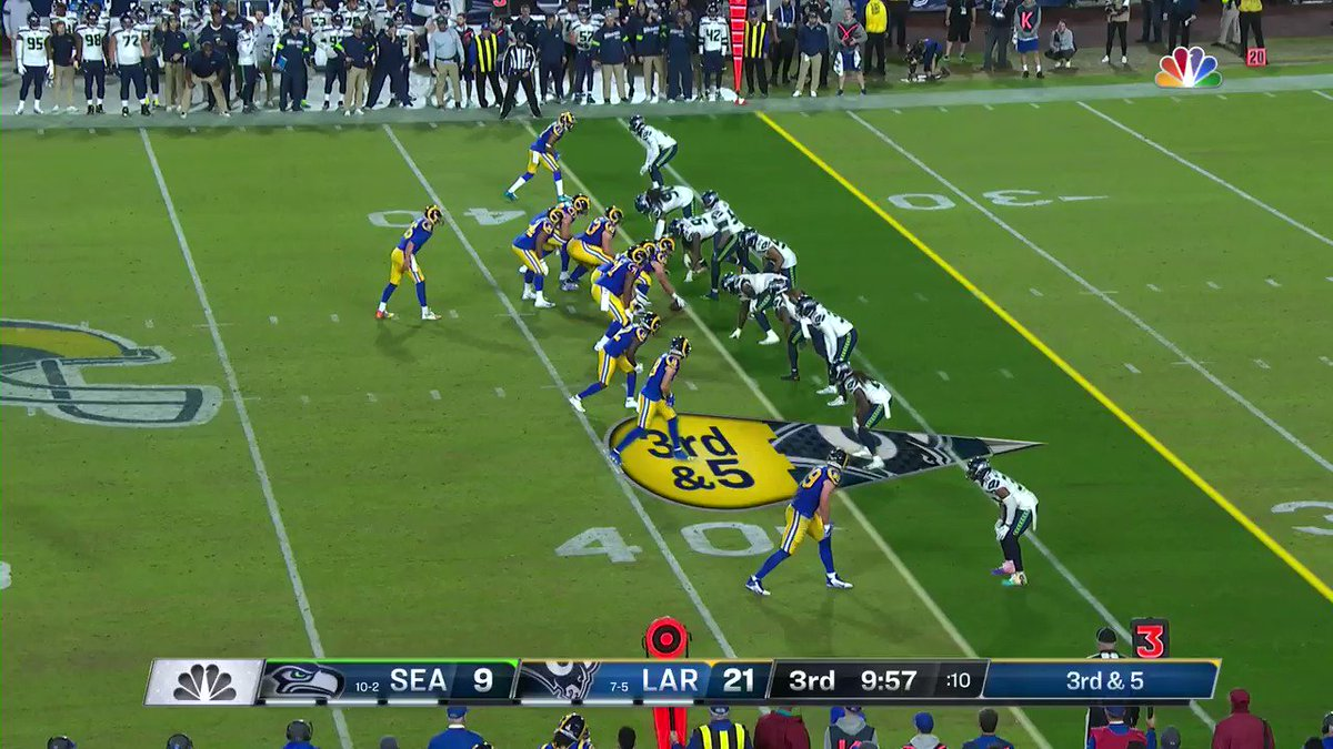 Quandre Diggs doubles up! Back-to-back interceptions! @qdiggs6 #Seahawks 📺: #SEAvsLAR on NBC 📱: NFL app // Yahoo Sports app Watch free on mobile: on.nfl.com/0nmmiM