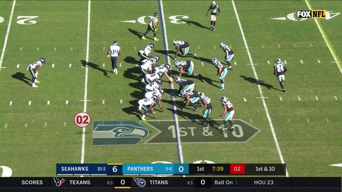44 yards ‼️  @TDLockett12 just doing Tyler Lockett things.  #GoHawks x #SEAvsCAR https://t.co/3RxDpx9yfn