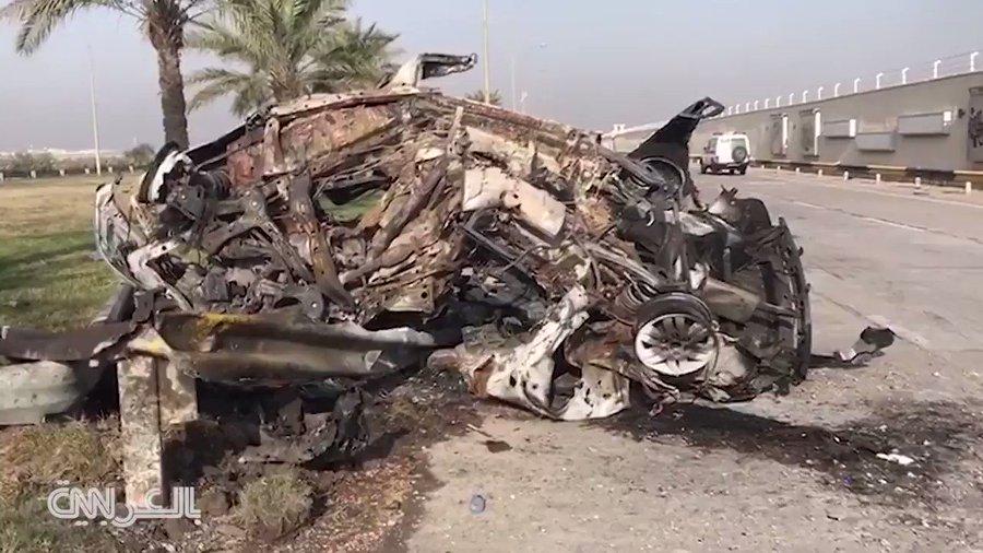 """, بالفيديو .. مشاهد جديدة لبقايا سيارة سليماني والمهندس المدمرة على أسوار """"مطار بغداد"""""""