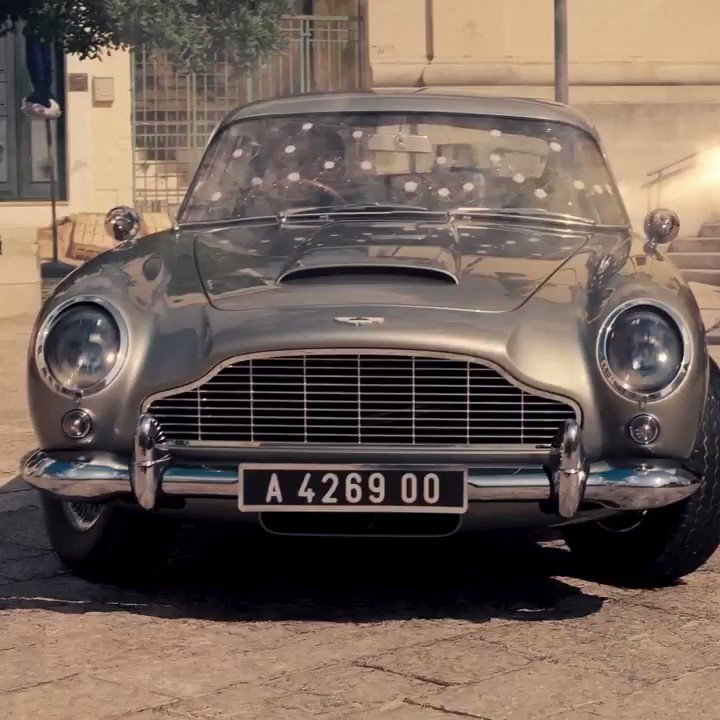 Who is excited to see the Aston Martin DB5 back in action in NO TIME TO DIE? #NoTimeToDie #Bond25 #FridayFeeling