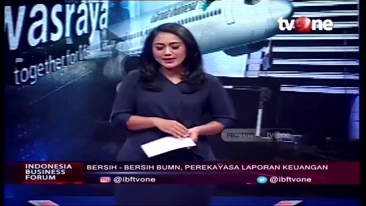 Arya Sinulingga: Lebih dari 50% perputaran ekonomi Indonesia adalah BUMN yang menggerakkan. Kalau BUMN bagus Indonesia akan makin baik kemajuan ekonominya. Saksikan full video IBF di Youtube channel Economy tvOne. #tvOneNews #RepostNews #IBFtvOne #AryaSinuligga #BUMN