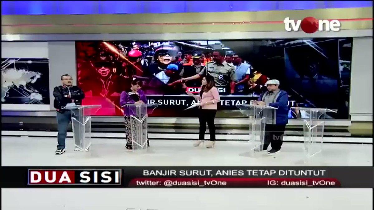 Sisca Rumondor, koordinator Jakarta Bergerak: Yang kami lakukan bukan hanya mengkritisi masalah banjir, banjir itu seperti akumulasi kinerja yang kami rasa dari Anies Baswedan 'tidak becus' ngurus Jakarta. #tvOneNews #RepostNews #DuaSisitvOne #SiscaRumondor