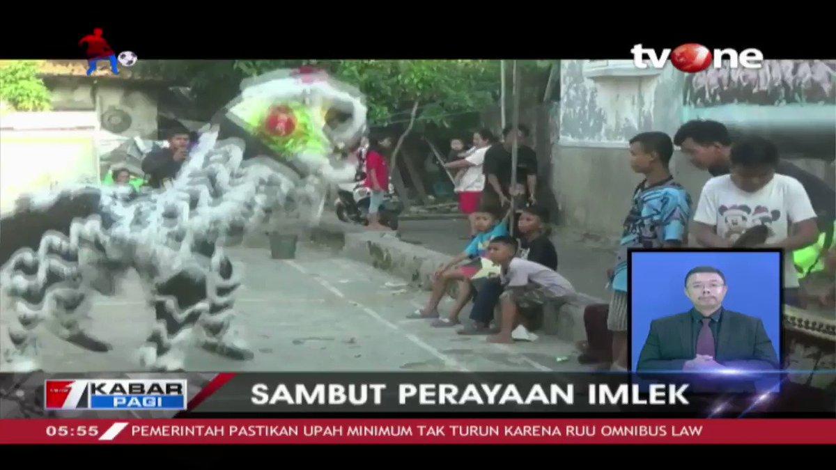 Seniman barongsai di Banten melakukan latihan rutin agar dapat tampil maksimal saat Imlek. Berita lainnya, penyandang disabilitas membuat miniatur kapal klasik dan unik yang memiliki nilai ekonomis tinggi. Berita lain di tvOne connect. #tvOneNews #KabarPagitvOne #imlek #miniatur