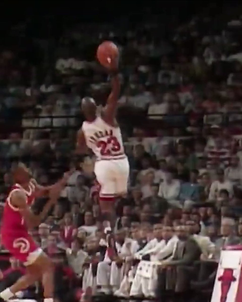 One hand snag. Easy money on the jumper. #MJMondays