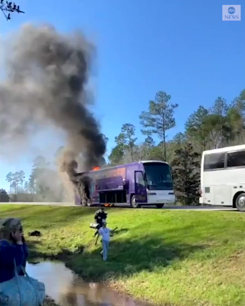 'GET OFF THE BUS!' Cellphone video captured the moment a charter bus carrying students from the University of Alabama erupted in flames in Mississippi, with students seen grabbing their belongings moments before a loud explosion.  No injuries reported. https://abcn.ws/3aDkNDc