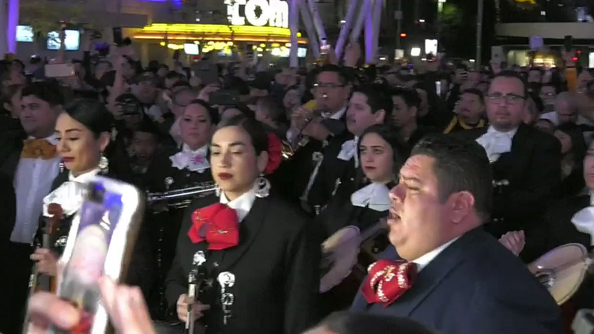 Mariachi band says farewell to Kobe Bryant with 'Amor Eterno' tearjerker