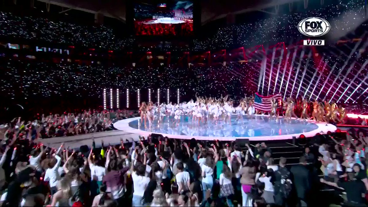 I DONT THINK YALL UNDERSTAND THE POWER THAT THIS HAS #PepsiHalftime #SuperBowl #HalftimeShow
