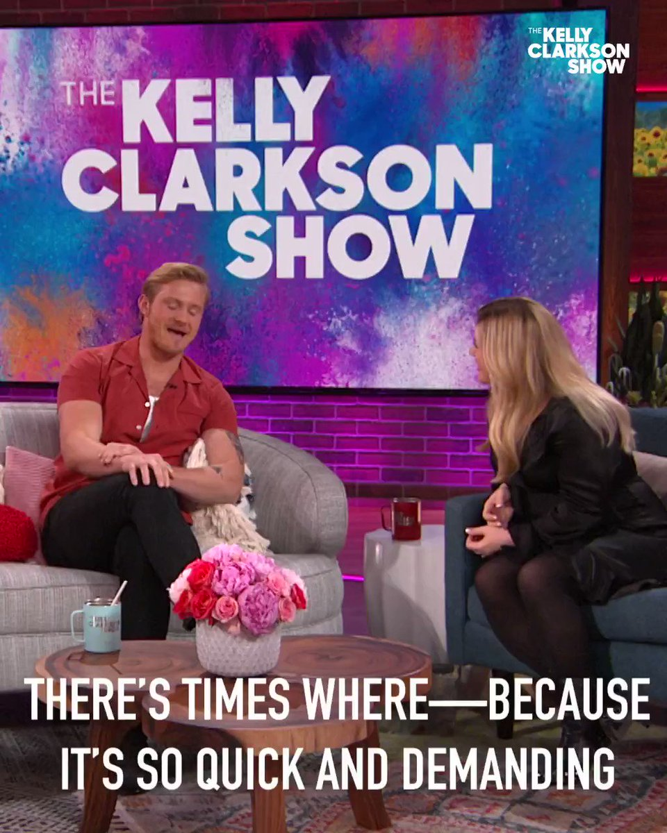 GASP 😳 Don't miss the end of this iconic @AlexanderLudwig story today on the #KellyClarksonShow! https://t.co/AzLoQRVVVH