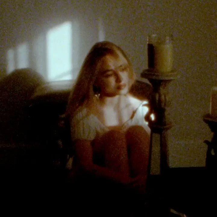 Never change, @sabrinaannlynn 💚Listen to her new track #HoneymoonFades now 👉https://spoti.fi/31VQnYJ