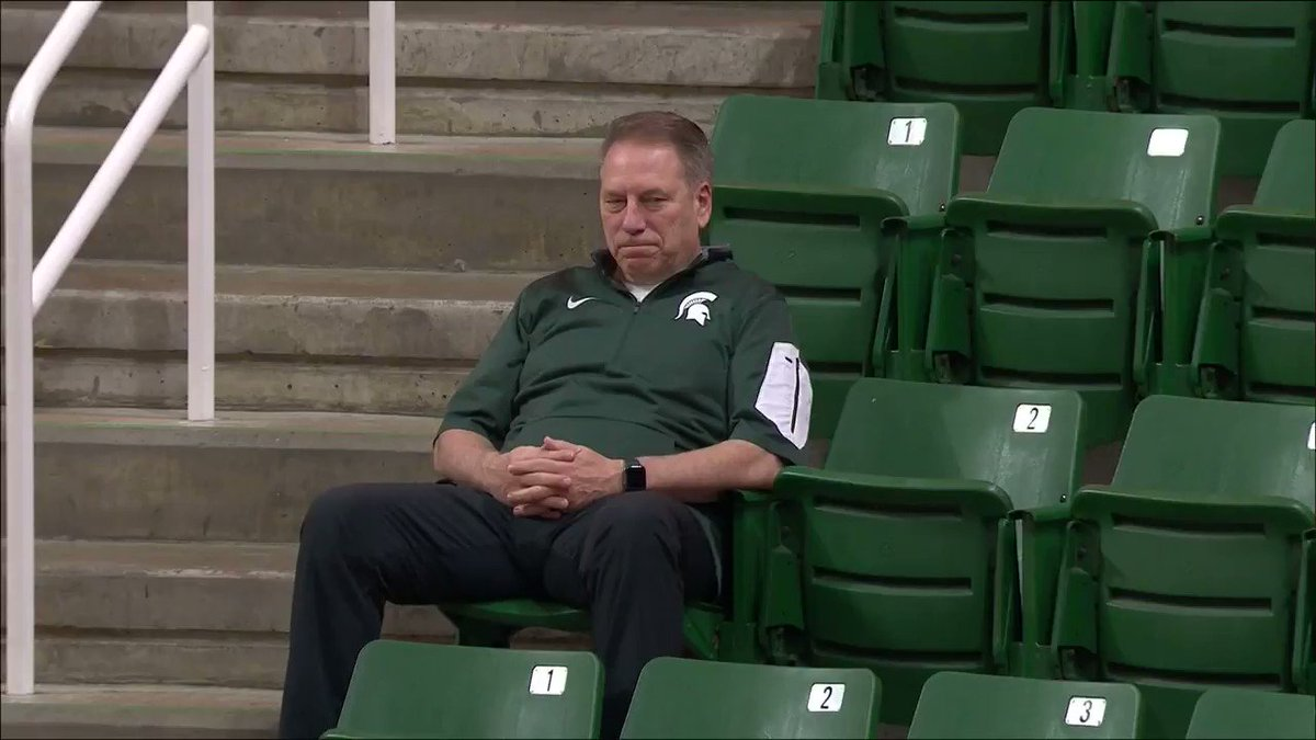 Coach Izzo needed some time to himself 😅