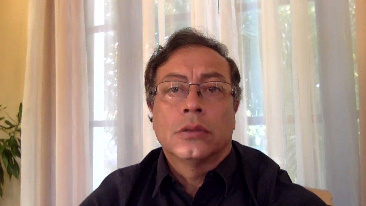 El robo de las elecciones en el 2018. El delito como base de la ilegitimidad del poder. ¿Qué hacer?Con que cada elector o electora de Colombia Humana saliera a la calle a movilizarse cambiaría la historia de Colombia. Depende de nosotros.Dale un RT a este trino por favor.
