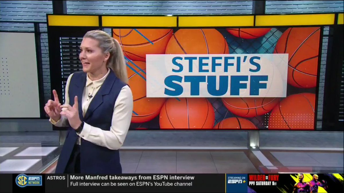 """""""It's a style we've never seen in the SEC, and it's working wonders for @coachneighbors and Arkansas.""""   #SideBySide  pic.twitter.com/JO4IkQVCRR"""