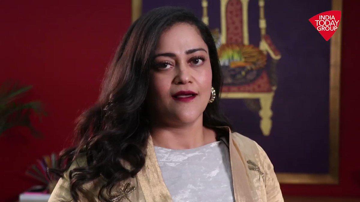 #ENBAawards में इंडिया टुडे ग्रुप ने अवॉर्ड्स की लगायी झड़ी! ग्रुप की वाईस-चेयरपर्सन कली पुरी ने जताया दर्शकों का आभार। #ATVideo #BravoIndiaTodayGroupअन्य वीडियो: http://m.aajtak.in/videos/