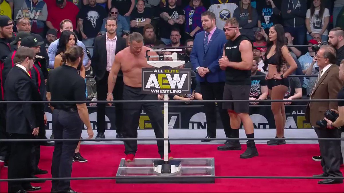It was only a matter of time! Watch #AEWDynamite NOW on @TNTDrama 8e/7c #AEWonTNT @AEWonTNT