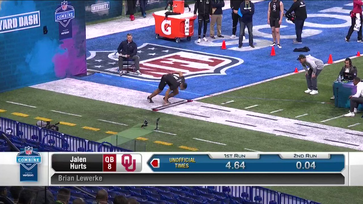 Image for the Tweet beginning: The QB from @OU_Football showed