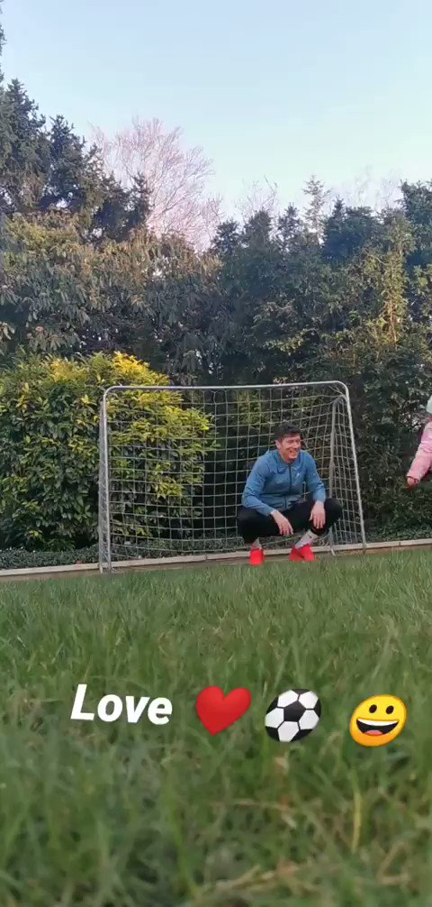 Robert Lewandowski: World-class striker 💪 Terrible goalkeeper 😂 World-class dad 😍