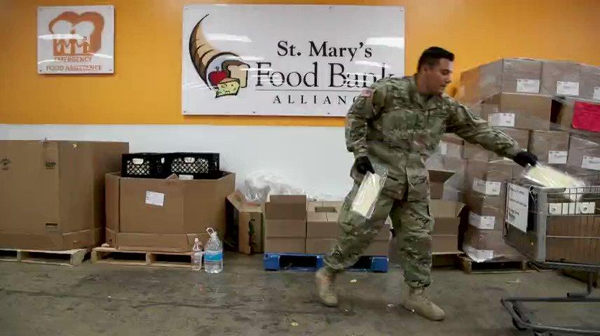 Arizona National Guard helping pack food at Valley food banks. azcentral.com/story/news/loc…