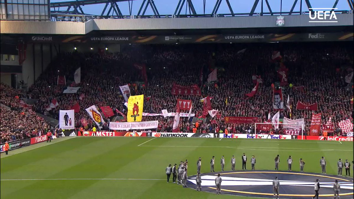 🎶 𝐘𝐍𝐖𝐀 🎶  @LFC and @BVB fans combine to belt out this famous football anthem 🥰  #UELclassics
