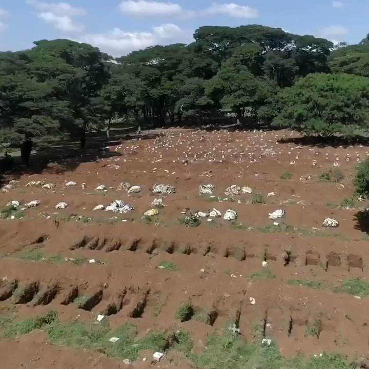 #Brazil: Drone footage shows hundreds of graves dug in Sao Paulo cemetery amid #COVID19 outbreak #Covid_19pic.twitter.com/1bWAkma0Rp