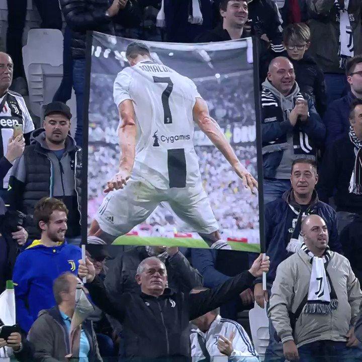 🗣️ SIIIIIIIUUUUU  Los mejores 7⃣ goles de @Cristiano como ⚪️⚫️   ¿Cuál fue su preferido? 🤔  #CR7Juve [Vía @Dugout 🙌]