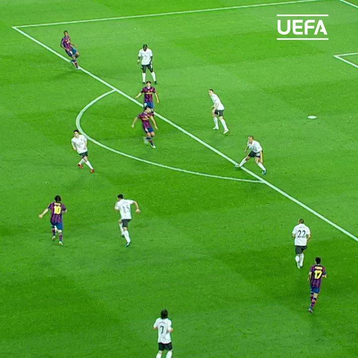 Henry ; mes,.. mess,.. sakjane ojjo akeh2 nek mu mbantai mantan klubku kok,..  Messi ; lha piye meneh hen,.. wez kadung ik,..  #barcelona #arsenal #UCL #2010