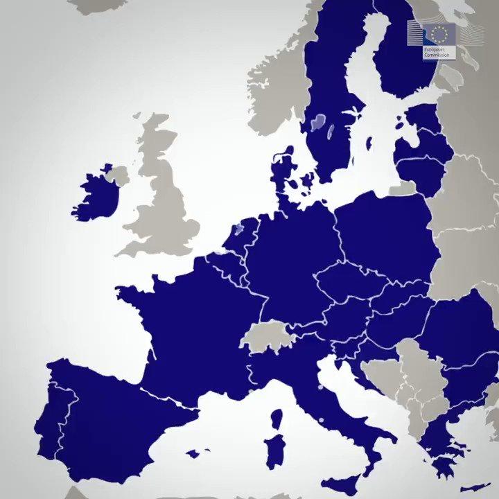 Los médicos del Hospital Cerdanya, en la frontera entre España 🇪🇸 y Francia 🇫🇷, tratan a pacientes con #coronavirus de ambos lados.  Descubre más sobre este hospital cofinanciado por el Programa #Interreg de la UE 🇪🇺: https://europa.eu/!Vr33xq  #EUsolidarity #StrongerTogether