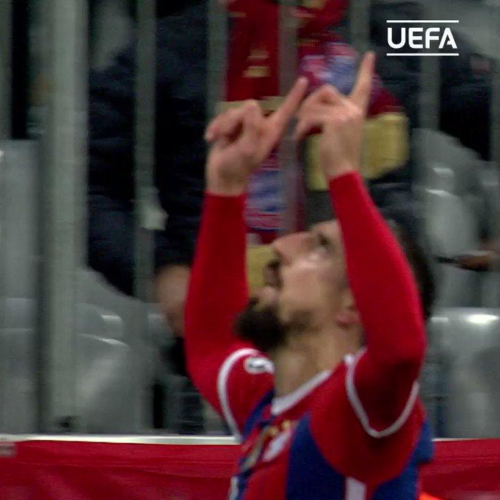 Happy birthday, 2013 winner Franck Ribéry!    | |