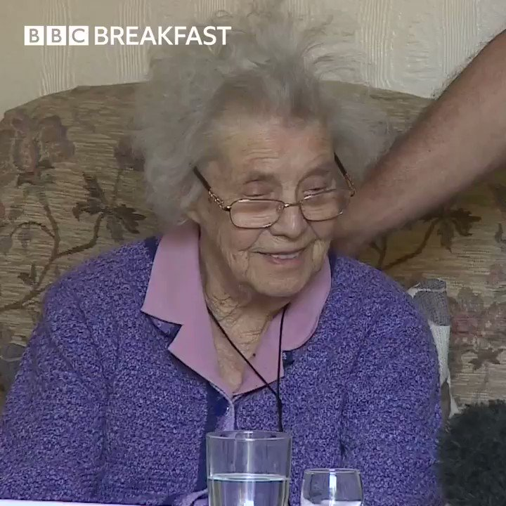 At 97-year-old great-grandma Joyce has recovered from coronavirus 💕