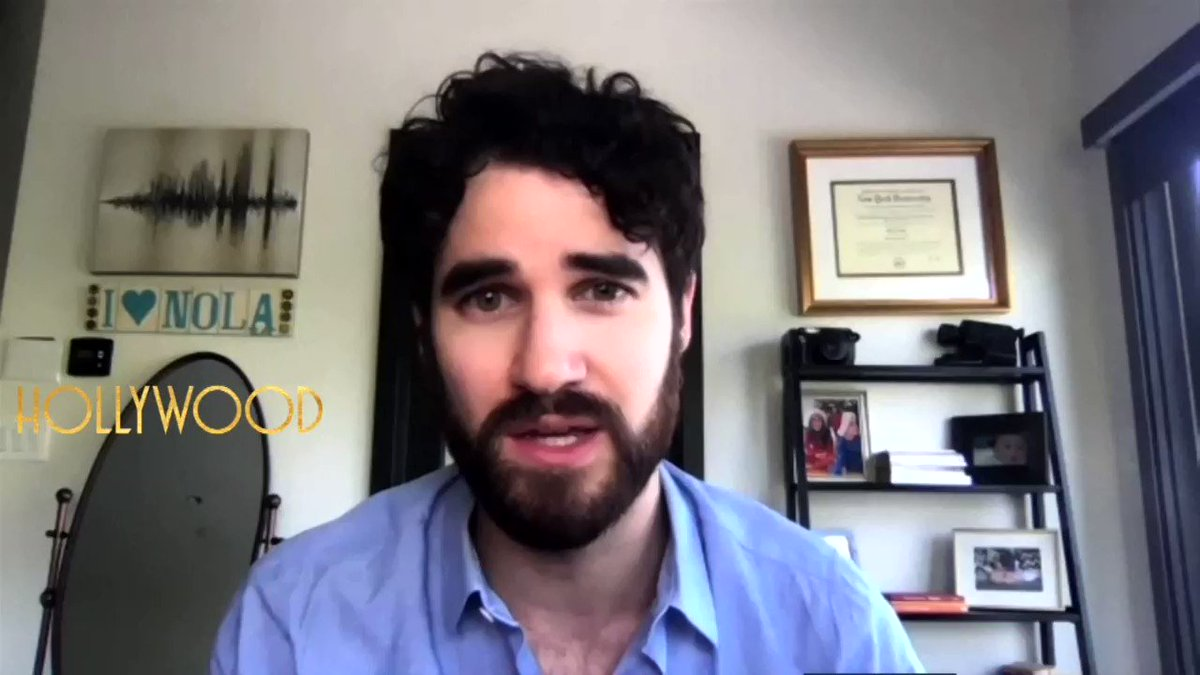 .@DarrenCriss says you can put @hollywoodnetflx on mute and still be swept away. He credits the set and costume designers. https://t.co/Vue4LHhWao