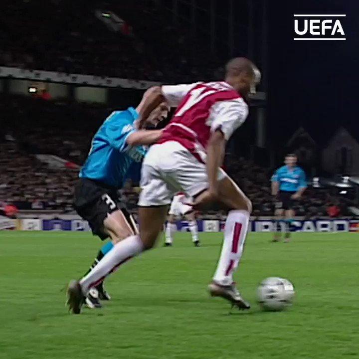 @ESPNFC's photo on Arsenal