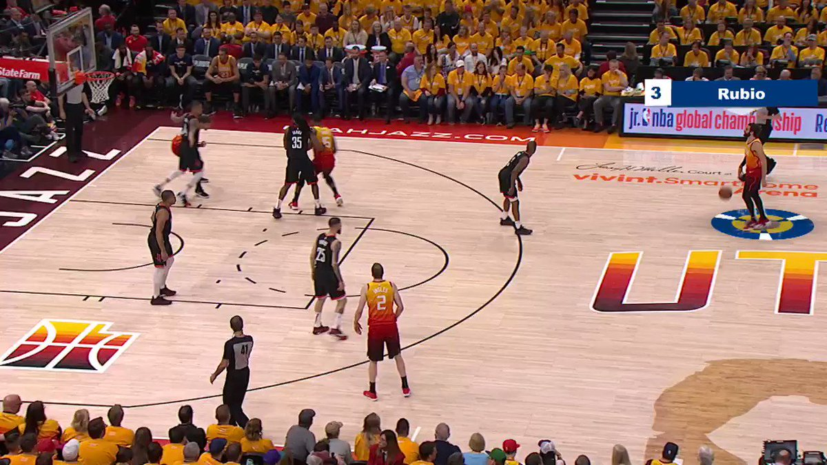 Check out this #NBABreakdown of @rickyrubio9's dime dropping 🤝 #BestOfNBA https://t.co/4HRUp42w7i