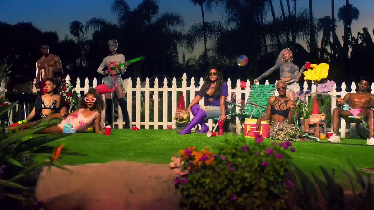 Demi Lovato breaks down her Sorry Not Sorry music video. 🙌🎉 (via @HarpersBazaarUS)