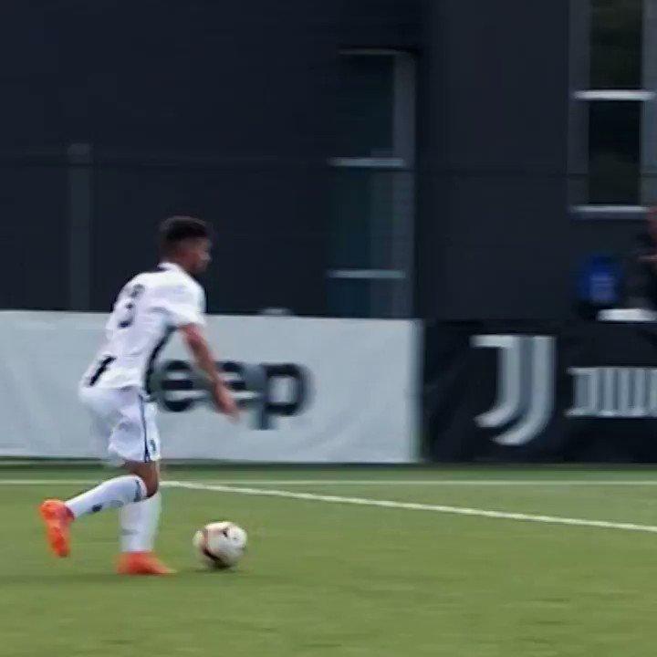 Goal Collection ⚽ | Le reti di Elia Petrelli con la #Under19 ⚪⚫  #JuventusYouth https://t.co/uHpHUFmyeT