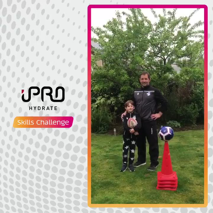 Have you tried this weeks @iProHydrate Skills Challenges? Practise your handling skills with Greig Laidlaw, Ben Cairns and Rob Chrystie and show us your attempt using #AsOneAtHome. ➡️ scottishrugby.org/fanzone/ipro-h…