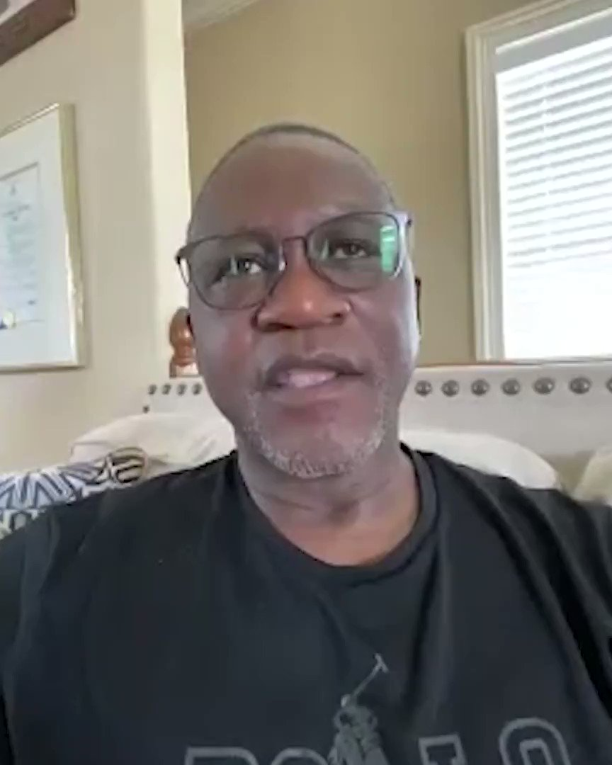 """""""Both of us deserve to win, but one of us gotta go home.""""  Dominique Wilkins discusses his interaction with Larry Bird on the night of their Game 7 duel in the 1988 playoffs! https://t.co/JNniyfRxWA"""