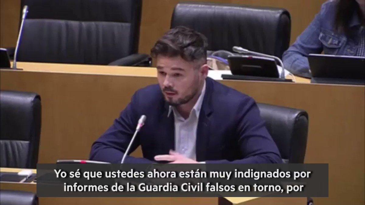 🎥 [VÍDEO] @gabrielrufian al govern espanyol: Ahora están muy indignados por 📄 informes falsos de la Guardia Civil en torno al #8M. Pero es que también eran informes falsos los de Altsasu, los del 20 de septiembre y los del 📩 1 de octubre.👇