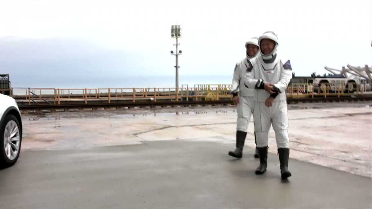 .@NASA astronauts @AstroBehnken and @Astro_Doug arrive at Launch Complex 39A ahead of launch of Crew Dragon https://t.co/s7jxxoOPZI