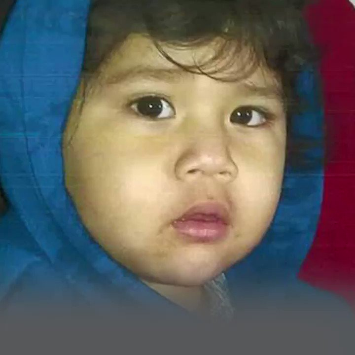MISSING CHILD ALERT‼️ #CanogaPark, CA 2-year-old Xavier was allegedly abducted by his mother, Wendy Herrera, on March 6, 2020. A felony warrant for #kidnapping was issued for Wendy on May 1, 2020. Xavier has a purple birthmark on his back. ➡️ missingkids.org/poster/NCMC/13…