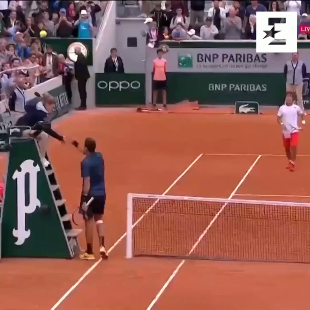 What a moment this was 🤗 (via/@Eurosport_UK) @delpotrojuan @yoshihitotennis @rolandgarros