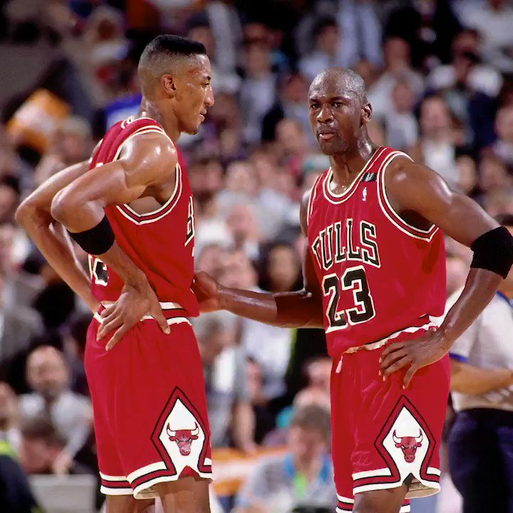 Jordan and Pippen propelled the Bulls back to the NBA Finals OTD in 1992 with victory in Game 6 over the Cavs. https://t.co/njfgQ44sbB