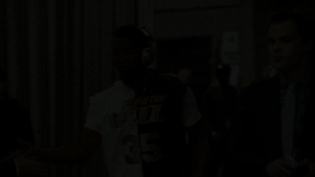 🔙 R E W I N D  🔙  2017/18   ⭐️ ALL-STARS!  ⭐️ Le meilleur du Slam Dunk Contest 2018  🎥 #PhantomCam!  #BestOfNBA   #NBATogether https://t.co/voQvHII699
